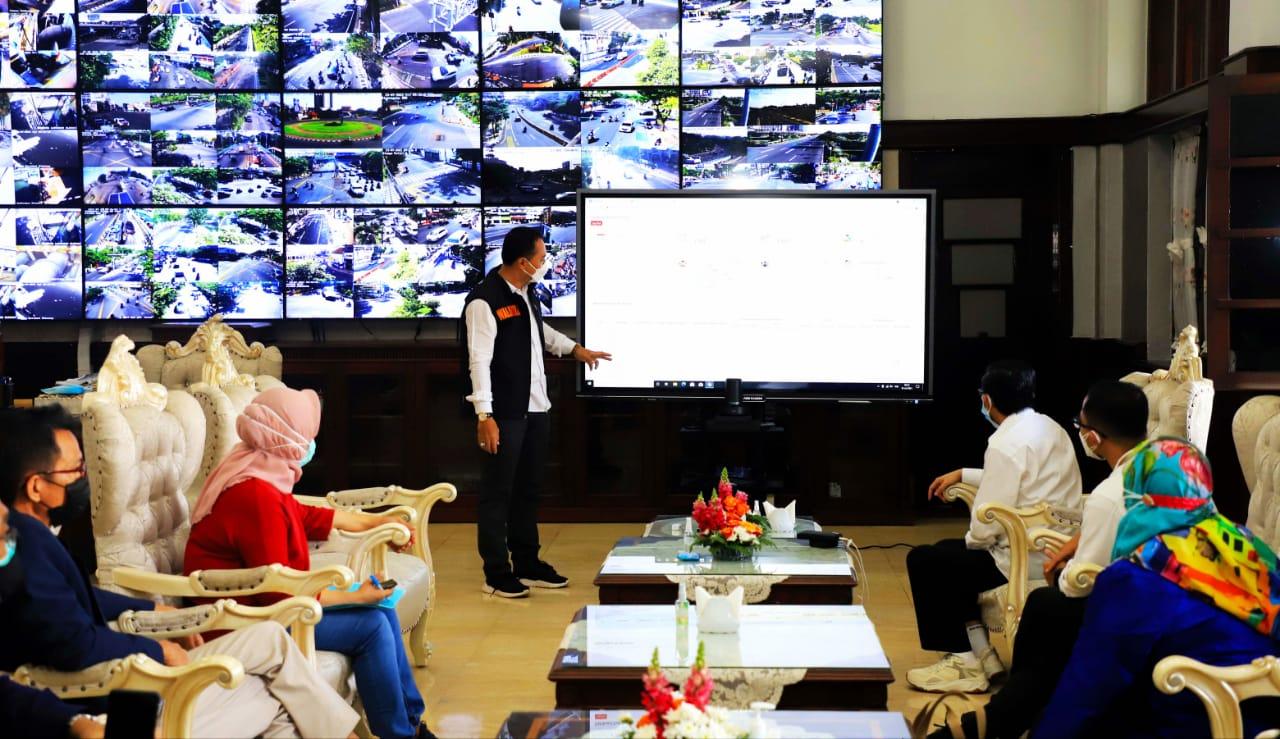 Staf Ahli Menteri Kesehatan Apresiasi Penanganan Covid-19 di Surabaya
