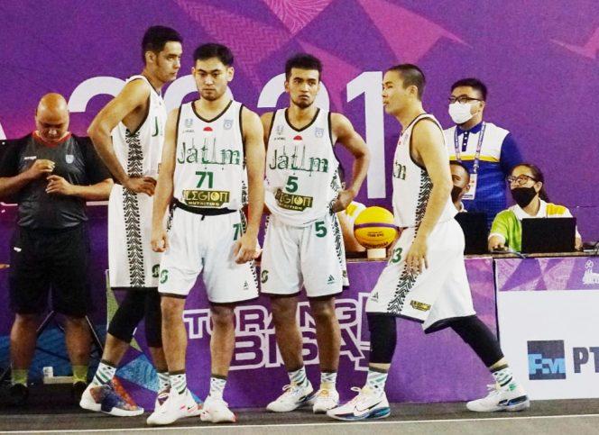 Tim basket 3x3 putra Jatim lolos ke babak semifinal. (Agus Azhari/KONI Jatim)