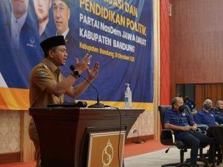 Bupati Bandung Dadang Supriatna saat Kaderisasi dan Pendidikan Politik DPD Partai Nasdem Kab.Bandung di Soreang, Selasa (19/10/21). (Iwa/Kempalan)