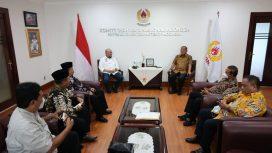 Ketua DPD RI, AA LaNyalla Mahmud Mattalitti, dampingi langsung Pengurus Persaudaraan Setia Hati Terate (PSHT) menemui Ketua Umum KONI Pusat, di Jakarta, Selasa (26/10/2021), untuk menyelesaikan polemik klaim kepengurusan.