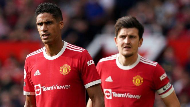 Duo Bek tengah andalan Man United, Raphael Varane dan Harry Maguire (Sky Sports)